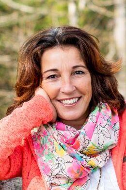 Portrait: Lilo Amann - Schwarz